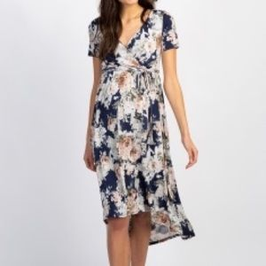 NWT maternity Navy floral dress